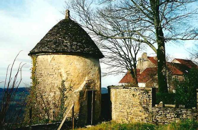 Château-Chalon, Pigeonnier du Froid Pignon